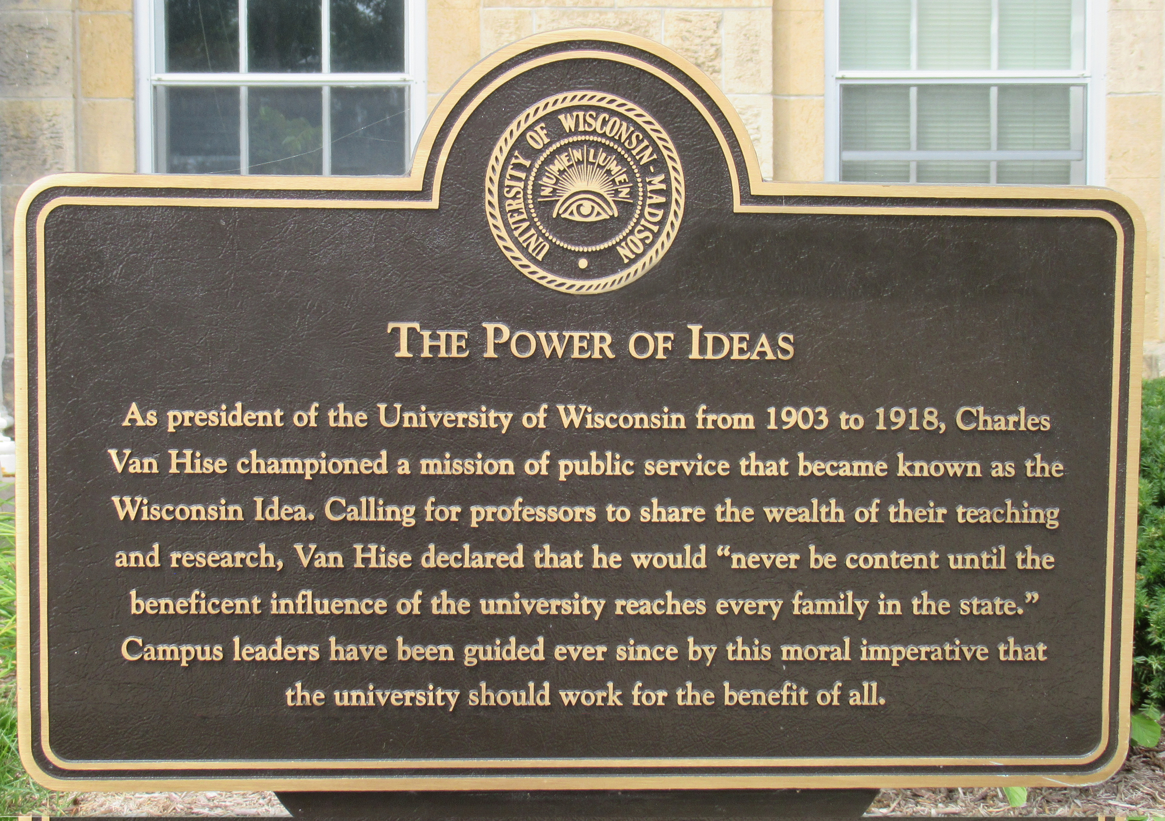 Bronze plaque of the Power of Ideas